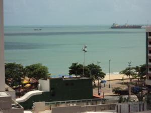 Flat Via Venetto Meirelles, Apartmány  Fortaleza - big - 9