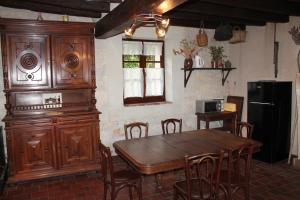 Gite de Charme, Holiday homes  Saint-Aignan - big - 9