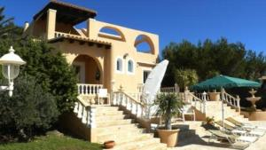 Cala Bassa Villa Sleeps 7 Pool Air Con WiFi