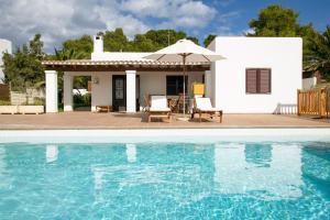 Cala Bassa Villa Sleeps 6 Pool Air Con WiFi