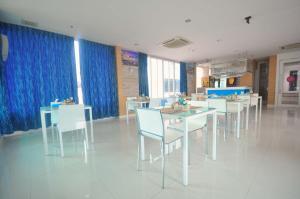 Vientiane Hemera Hotel, Hostince  Vientiane - big - 25