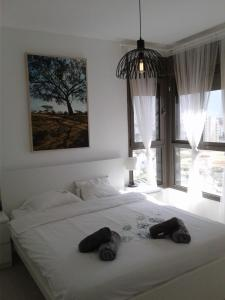 Una foto de Sea & Golf view apartment