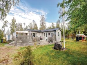 Two Bedroom Holiday Home in Sjotorp