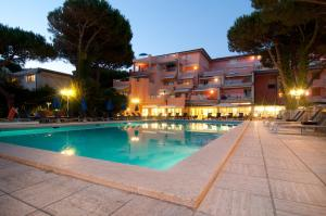 Nearby hotel : Versilia Palace Hotel