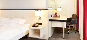 Business Double Room - Guestroom Hotel Park Inn by Radisson Brussels Midi