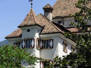 Prenota Hotel Castel Rundegg