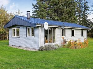 Two Bedroom Holiday home in Højslev 5