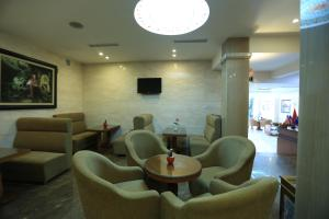 Moon view Hotel