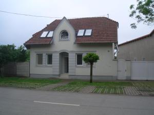 Apartments-Mini-Hotel, Appartamenti  Csongrád - big - 4