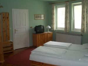 Apartments-Mini-Hotel, Appartamenti  Csongrád - big - 8