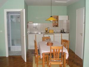 Apartments-Mini-Hotel, Appartamenti  Csongrád - big - 13