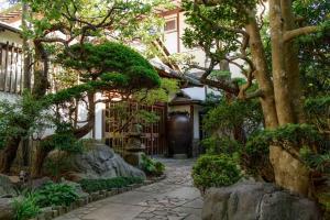 Атами - Atami Onsen Sakuraya Ryokan