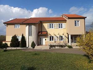 Villa Zovko