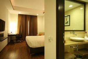 Four Points by Sheraton New Delhi, Airport Highway, Отели  Нью-Дели - big - 3