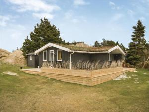 Three Bedroom Holiday Home in Blavand