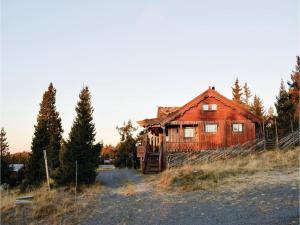 Two Bedroom Holiday Home in Sjusjoen
