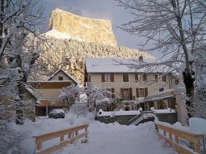 Au Gai Soleil du Mont-Aiguille - Hotel - Chichilianne