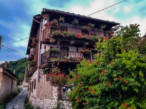 Traditional Village House, Stunning Mountain Views