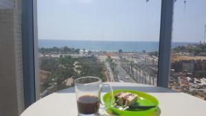 T3, 2 chambres, en bord de mer Givat Olga Hadera