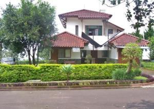 Villa Chava Bata Ciater Highland Resort