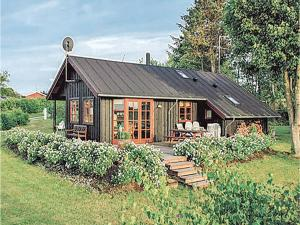 Holiday home Brunebanke Glesborg