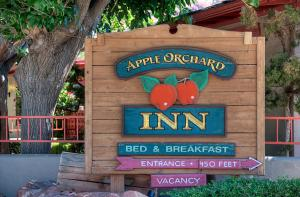 Apple Orchard Inn