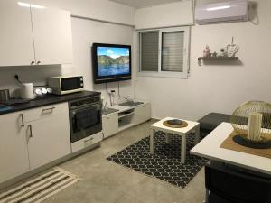Best Central Home: Haifa Akko Beach Rare find