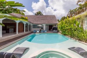 The Aora - Luxury in the heart of Seminyak