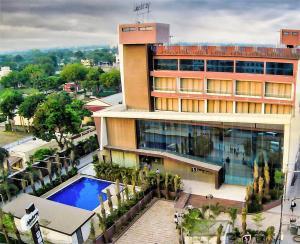 Jalashray Resort