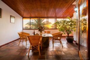 Apartamentos Villa María, Apartmány  Los Llanos de Aridane - big - 64