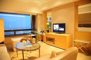 Shanghai Hongqiao Airport Hotel - Air China, Отели  Шанхай - big - 6
