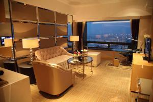 Shanghai Hongqiao Airport Hotel - Air China, Отели  Шанхай - big - 53