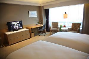 Shanghai Hongqiao Airport Hotel - Air China, Отели  Шанхай - big - 8