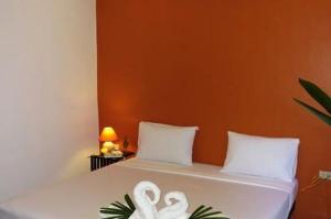 Фото отеля Hacienda Phuket