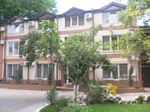 Guest House Gorkogo, Penzióny  Simferopol - big - 44