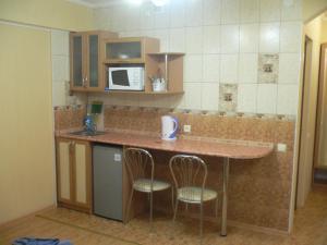 Guest House Gorkogo, Penzióny  Simferopol - big - 42