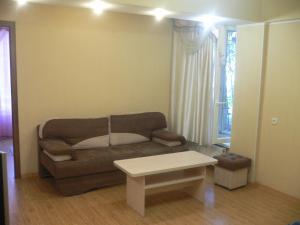 Guest House Gorkogo, Penzióny  Simferopol - big - 13