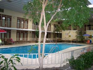 Seasons Inn and Suites