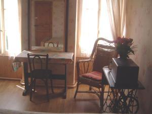 Chambres et Tables d'hôtes à l'Auberge Touristique, Bed & Breakfast  Meuvaines - big - 2
