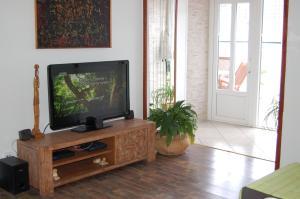 Apartments Busola, Apartments  Dubrovnik - big - 42