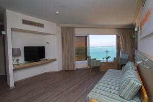 A Picture of Crowne Plaza Dead Sea Hotel