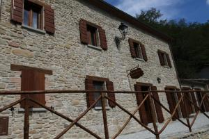 Nearby hotel : Corte Del Sasso - Room and Breakfast