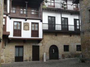Legado de Santillana, Апартаменты  Сантильяна-дель-Мар - big - 3