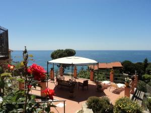 Nearby hotel : B&B La Mimosa del Golfo