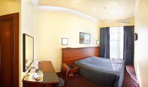 Отель Наутилус Инн - фото 1