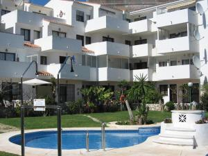 索勒海灘公寓 (Apartamentos Sol y Playa)