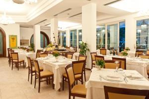 Hotel Belvedere, Hotely  Milano Marittima - big - 40