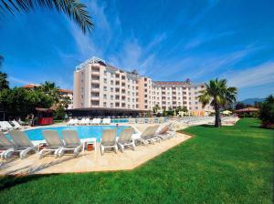 obrázek - Royal Garden Suite Hotel