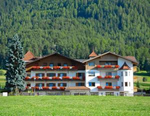 Hotel Tannenhof - Bruneck-Kronplatz
