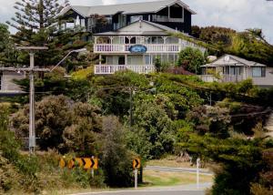 Мангаваи - Mangawhai Lodge